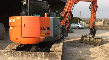 Rent mini excavator Hitachi 8.5 T Amiens €228