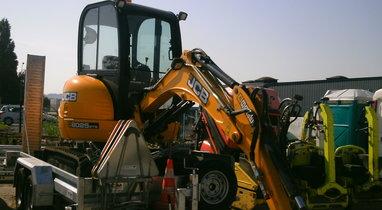 Mini excavator jcb 8025 zts €165