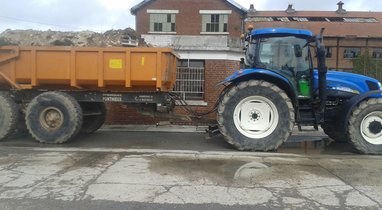Location tracto benne 18T Roisel 360€