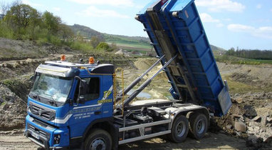 Location camion ampiroll VOLVO 15T Diéval 204 €