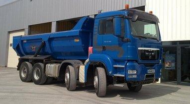 Camion benne Camion Benne Ampliroll, 2 bennes 524€