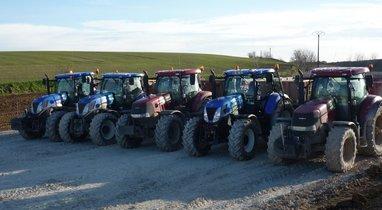 Location Tracteur-benne TP Case Querrieu 200€