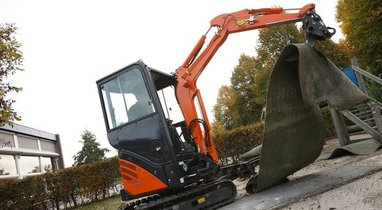 Location Mini-pelle Hitachi zx 17 u-2 Amiens 120 €
