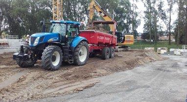 Location Tracteur-benne TP New Holland Querrieu 200€