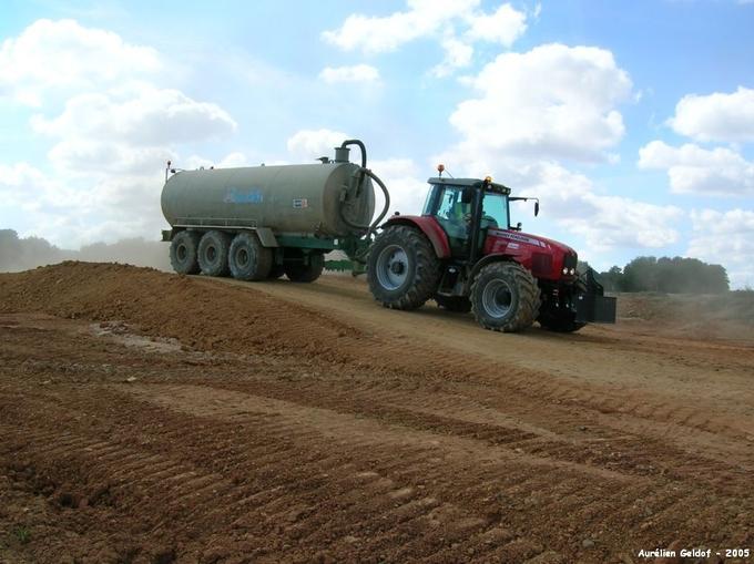 Location Tracteur-arroseuse Jeulin Querrieu 200€
